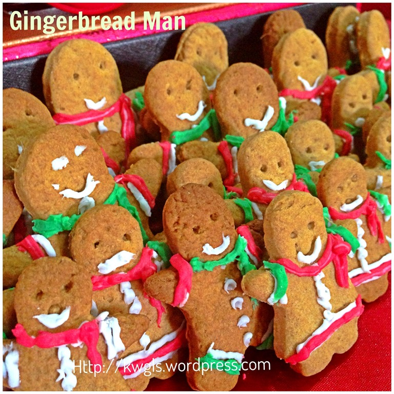 Christmas 2013 Is Approaching Gingerbread Man Biscuits Guai Shu Shu