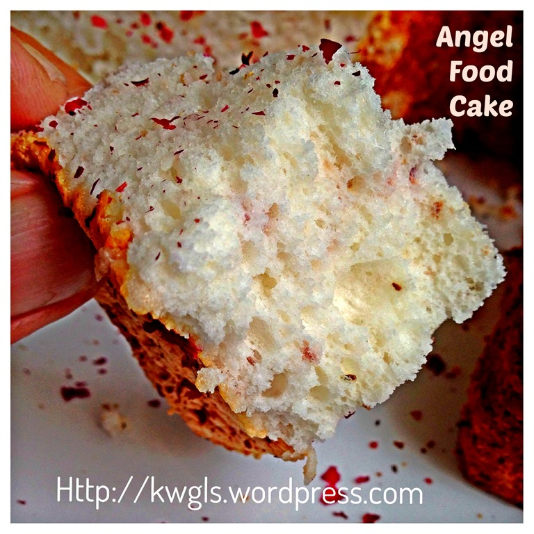 Too Much Egg Whites Left Try Rose Angel Food Cake Guai